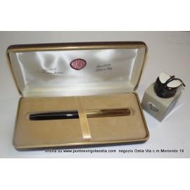 Aurora 88 - penna stilografica nera - cappuccio laminato oro